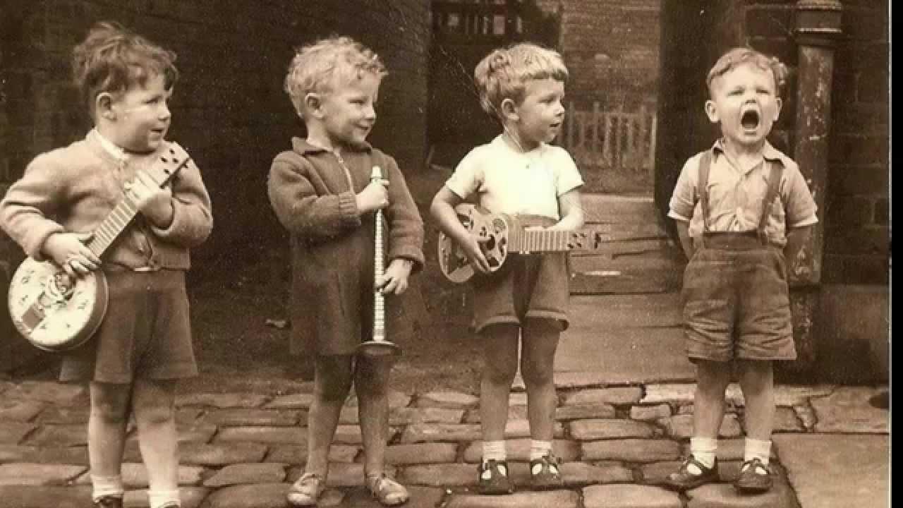 А вот в моём детстве...