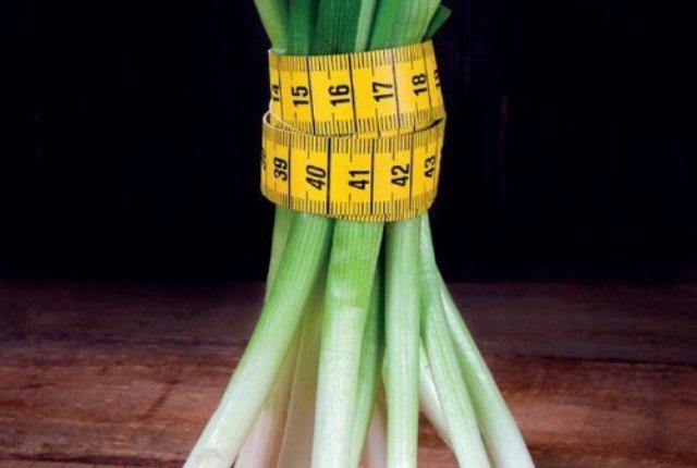 Зеленый лук: польза и вред для здоровья.