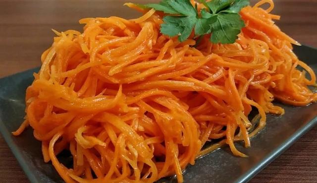 Морковка по-корейски с яблочным уксусом