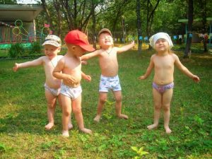 Воздушные ванны для ребенка