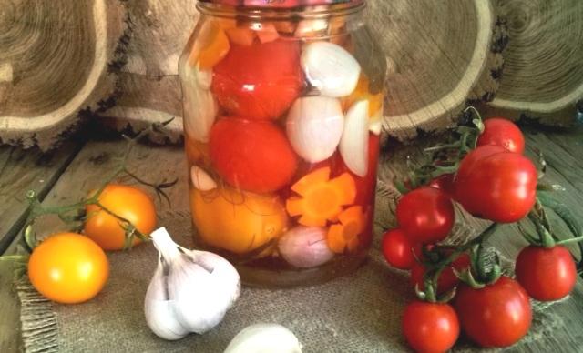 Помидоры на зиму: рецепты на 1 литровую банку