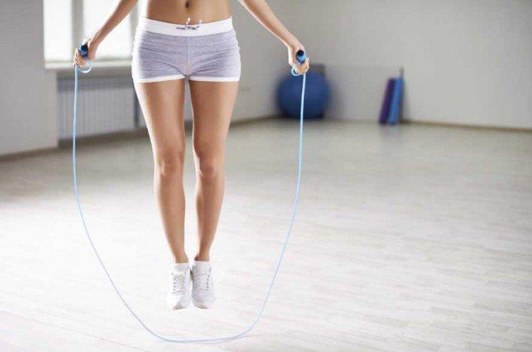 Как прыгать со скакалкой, чтобы быстрее похудеть
